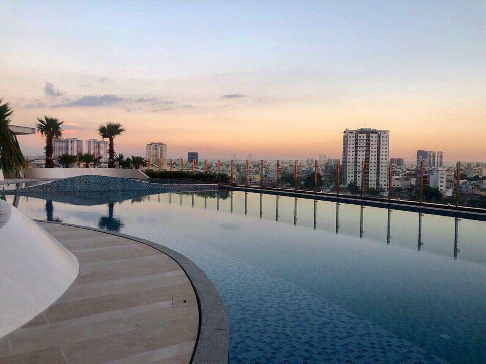 ho-boi-du-an-sunrise-city-view-quan-7