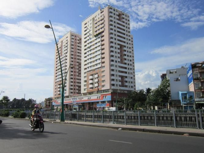 thuc te can ho quan 3 screc tower