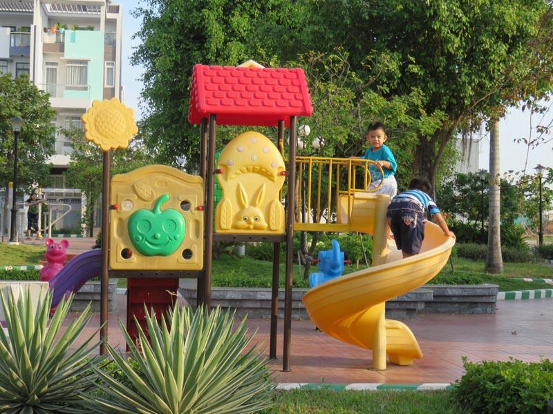 khu-vui-choi-tre-em-duong-hong-garden-house